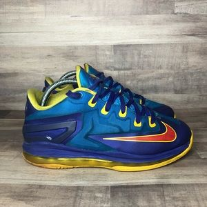 Nike Lebron Max Low XI Superman 644534-401